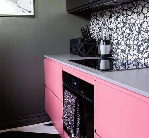 Pink handleless kitchen