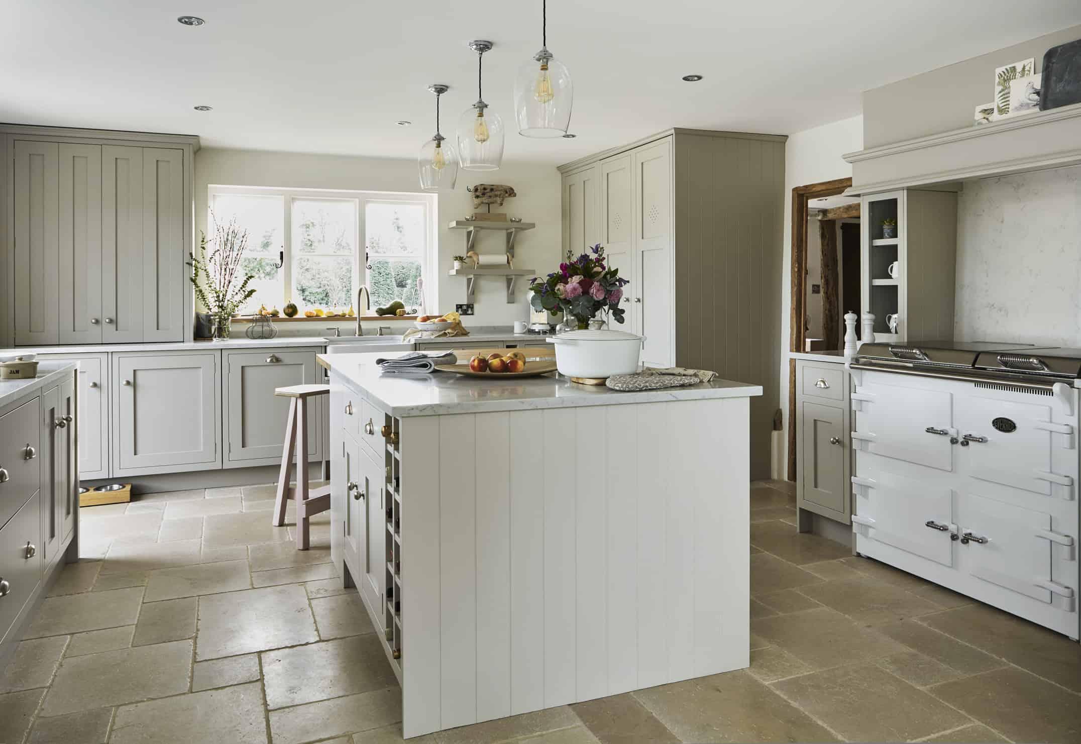 Shaker Kitchens & Bespoke Design   John Lewis of Hungerford