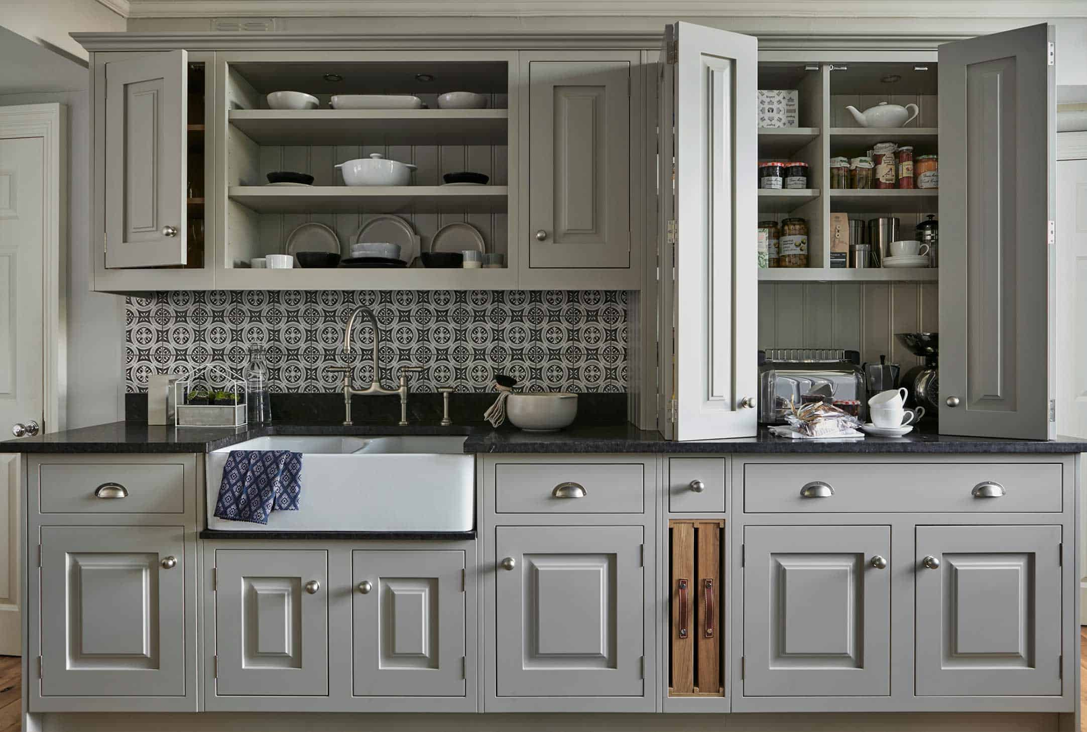 Traditional country kitchen John Lewis of Hungerford